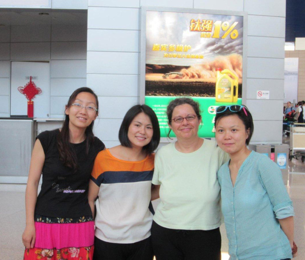 Liu Yi, at right, and friends with Miki in Shanghai, 2013